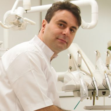 دندان پزشک اصفهان